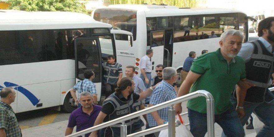 Aydın'da 295 kişi tutuklandı, 873 personel görevden uzaklaştırıldı