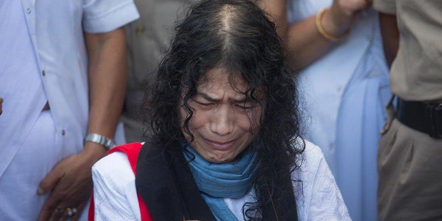 Hindistan'ın 'Demir Kadını' 16 yıl sonra açlık grevine son verdi
