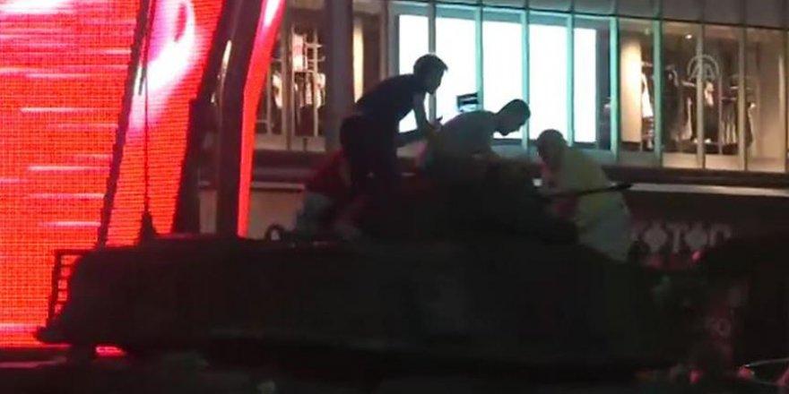 Şehit babasının tankın üstündeki son görüntüleri ağlattı