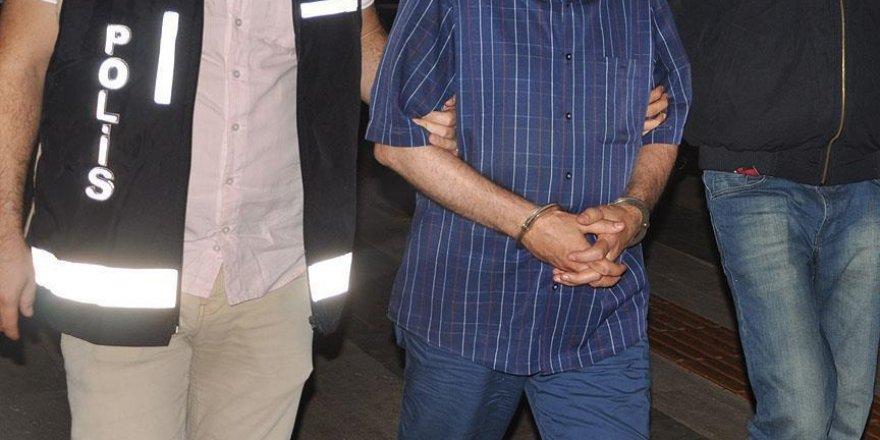 Muş'ta terör örgütüne yardım ve yataklık eden 12 kişi tutuklandı