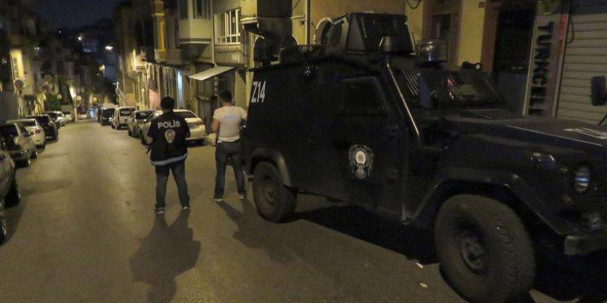 İstanbul'da terör operasyonu: 17 gözaltı