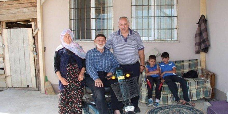 80 yaşında gurbetten gelen yaşam sevinci