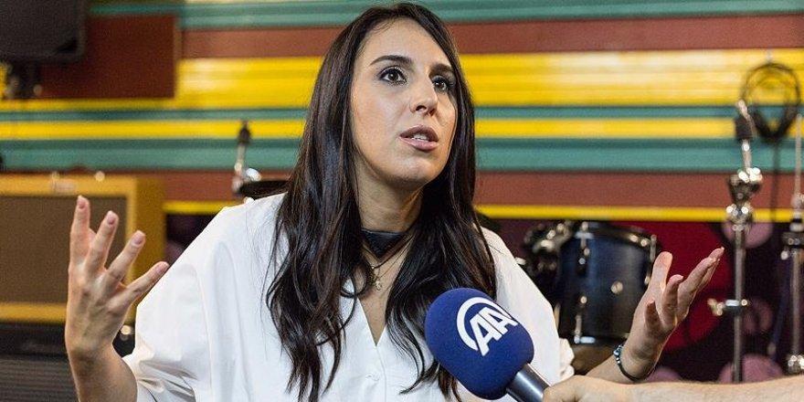 Jamala: 'Konserimi demokrasi için mücadele edip hayatını kaybedenlere adayacağım'