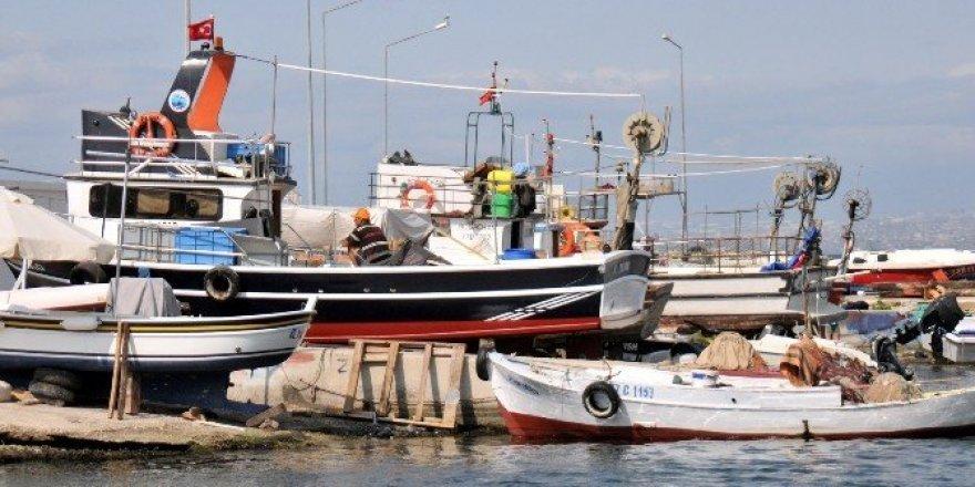 Balıkçılar av mevsimine hazırlanıyor
