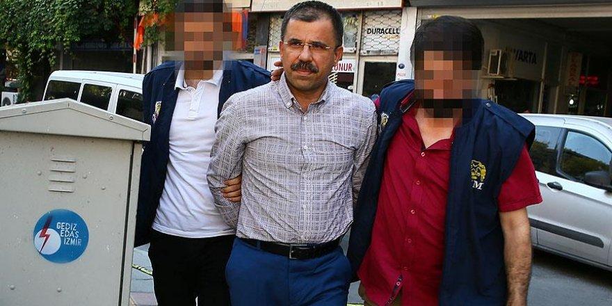 İzmir'deki 'askeri casusluk' savcısına gözaltı