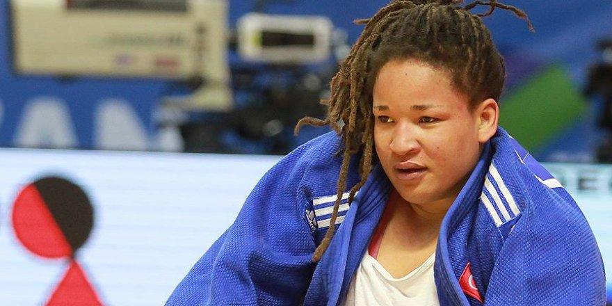 Judoda Kayra Sayit çeyrek finalde yenildi