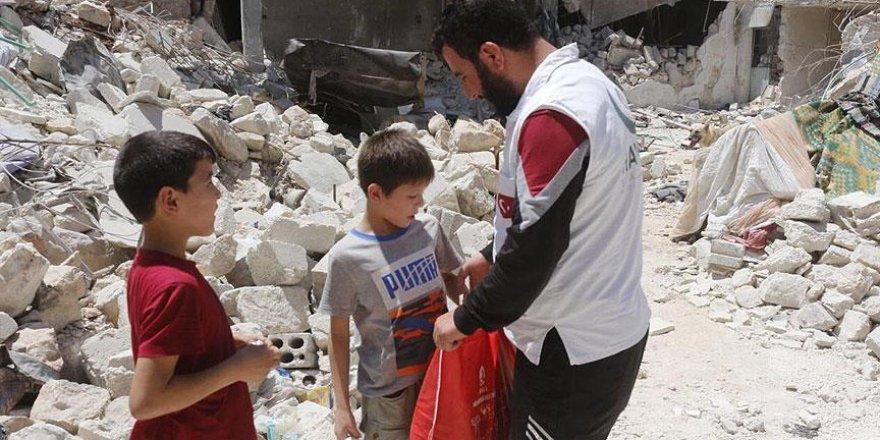 Halep'e yardımlar ulaşmaya başladı