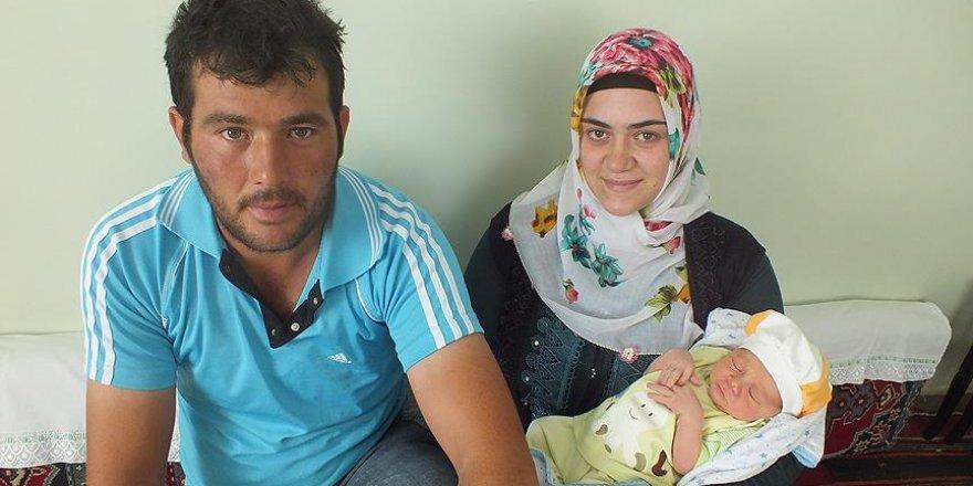 Ömer Halisdemir'in ismini Sivaslı bebek yaşatacak
