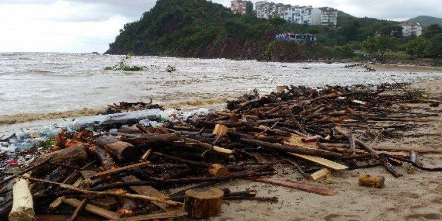 Bartın'da yaşanan sel felaketi hayatı olumsuz etkiledi