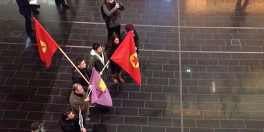 """Avusturya'da PKK yandaşları """"terör"""" paniğine neden oldu"""