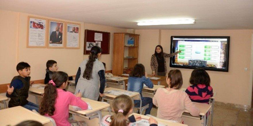 Meram Belediyesi Bilgi Merkezi'ne kayıtlar başlıyor
