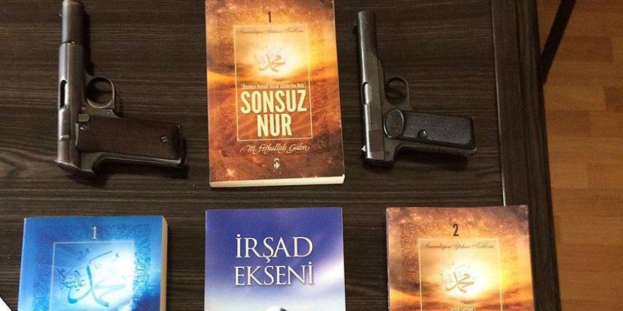PKK'lının evinden FETÖ elebaşı Gülen'in kitapları çıktı