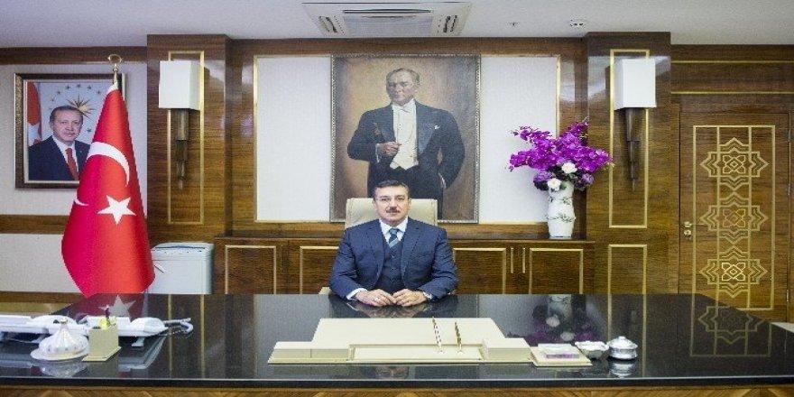 Gümrük ve Ticaret Bakanı Bülent Tüfenkci'nin 15. yıl mesajı
