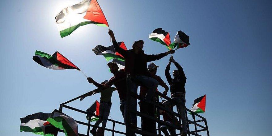 Dünya düşünürleri Filistin için bir araya geliyor