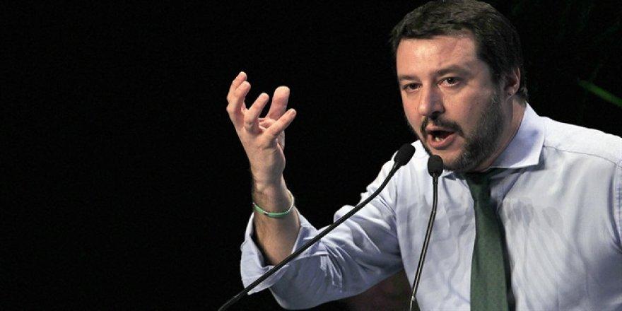 İtalyan politikacıdan İslamiyetle ilgili aşağılık açıklama