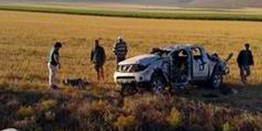 Suriyeli işçileri taşıyan kamyonet takla attı: 3 ölü, 1 yaralı