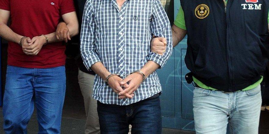 Antalya'da DAEŞ şüphelisi 2 kişi tutuklandı