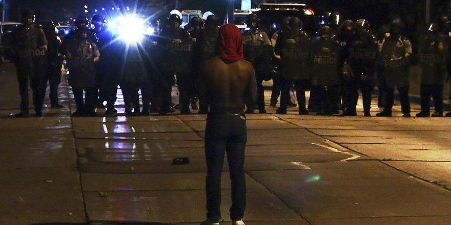 ABD'de polis şiddeti protestoslarında 5 kişi yaralandı