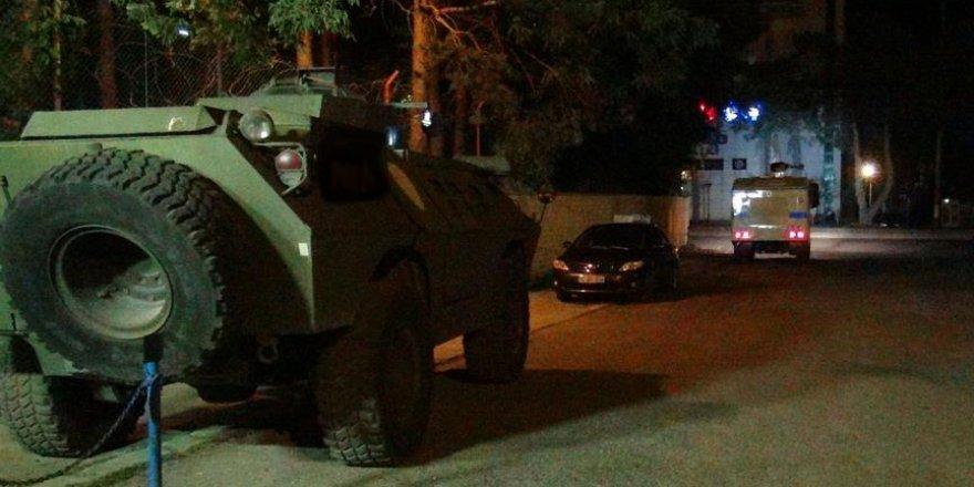 Kars'ta askeri üsse taciz ateşi açıldı