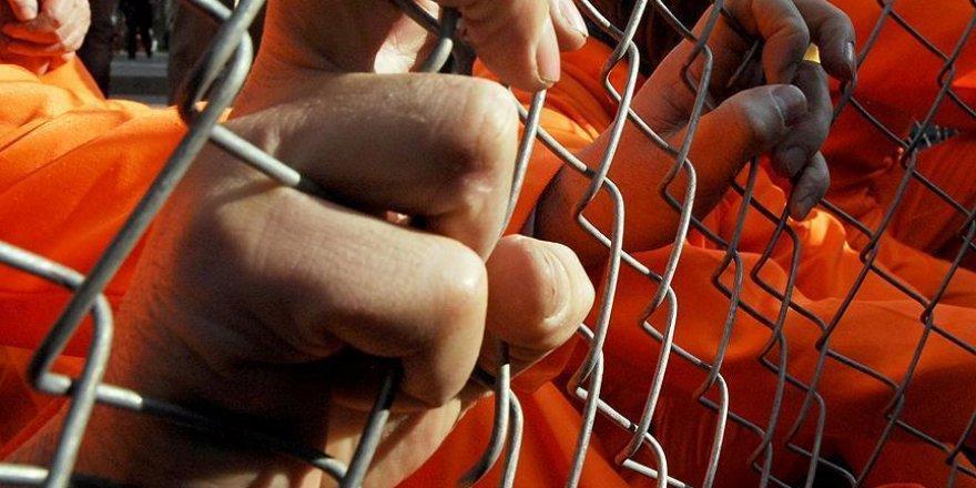 ABD Guantanamo'daki 15 tutukluyu BAE'ye gönderdi