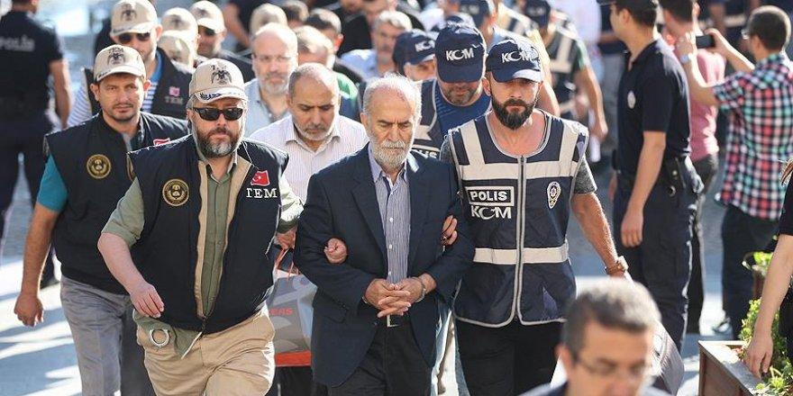 Eski Bursa Valisi Harput'la birlikte 19 kişi tutuklandı