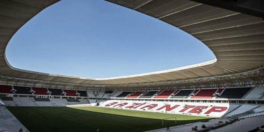 Gaziantepspor'un yeni stadında ilginç görüntü