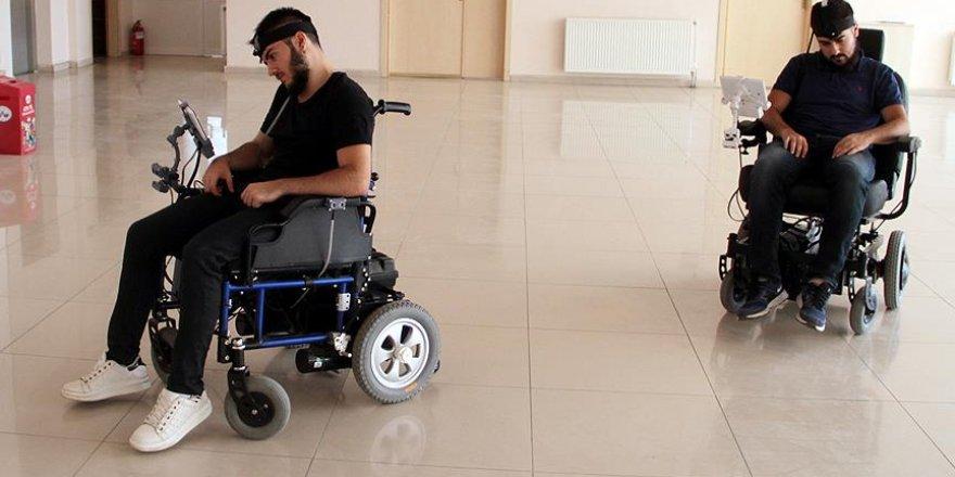 Engelliler için 'akıllı' akülü sandalye geliştirdi