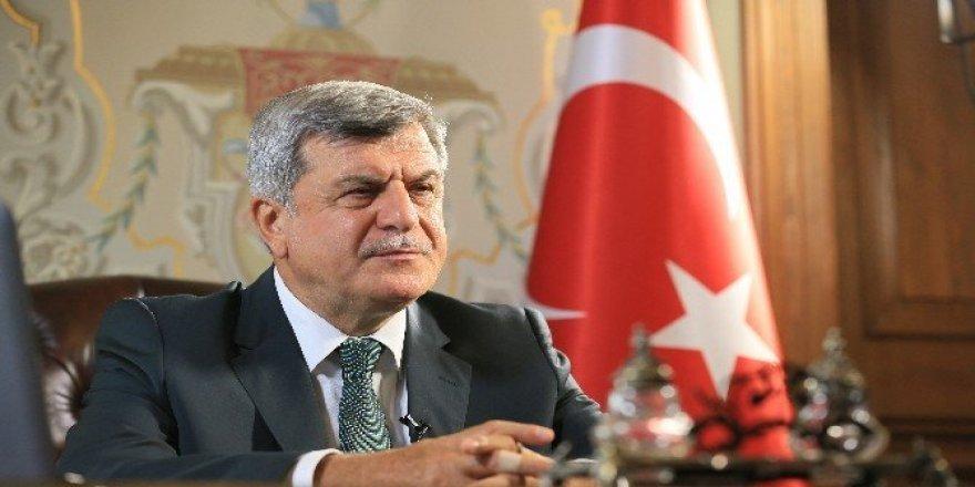 """Başkan Karaosmanoğlu, """"17 Ağustos'un acısı kalbimizde"""""""