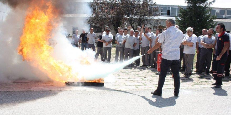 Sarayönü'nde PVC işçilerine yangın eğitimi