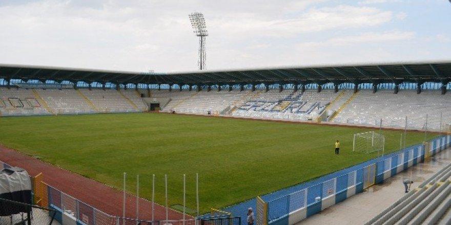 Kazım Karabekir stadı yeni sezona hazır