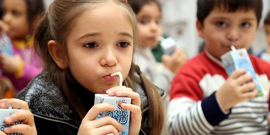 Okul sütü programına devam