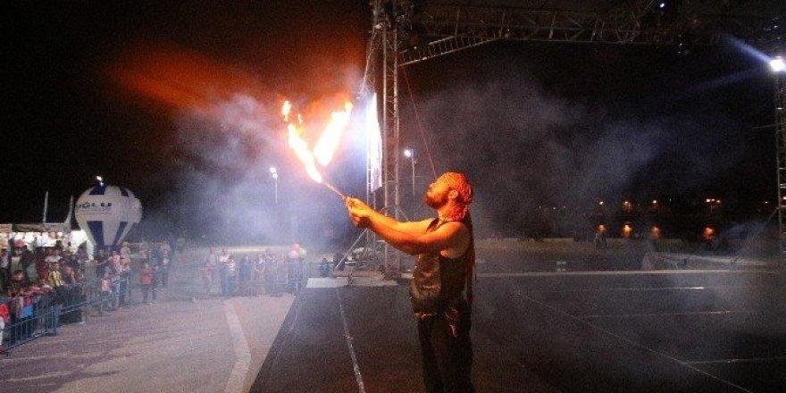Beyşehir'de demokrasi şöleni sürüyor