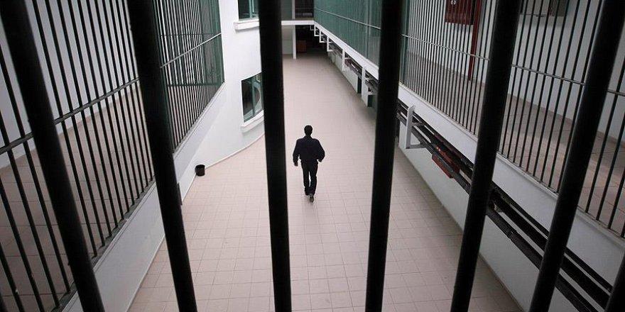 Kapalıdan açık cezaevine ayrılma şartları da değişti