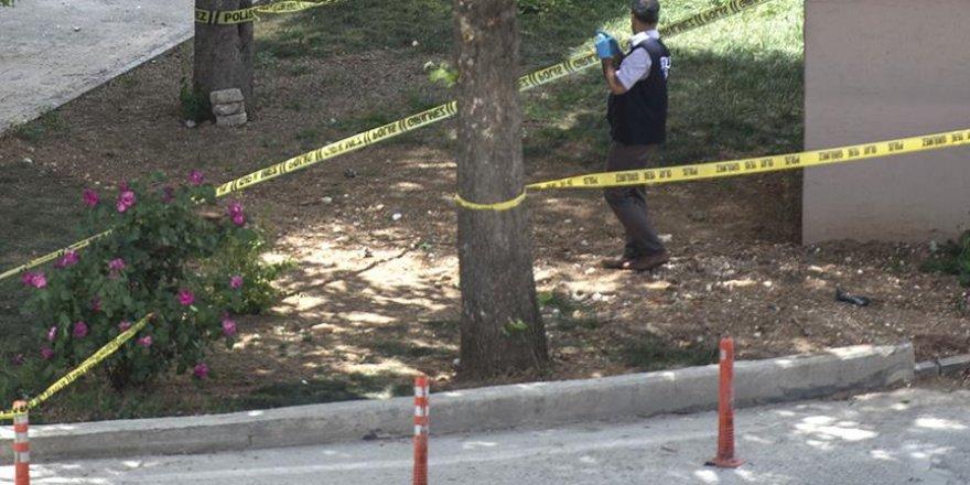 Başkentte toprağa gömülü 10 uçaksavar mermisi bulundu