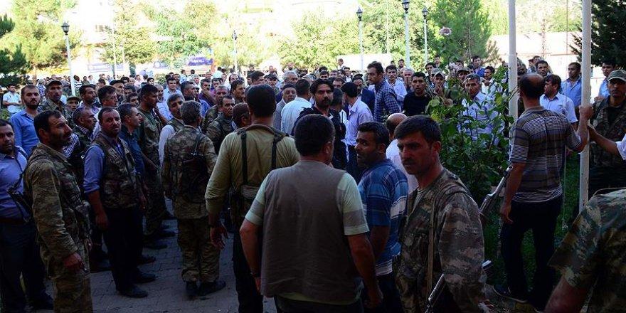 Bitlis'teki terör saldırısı protesto edildi