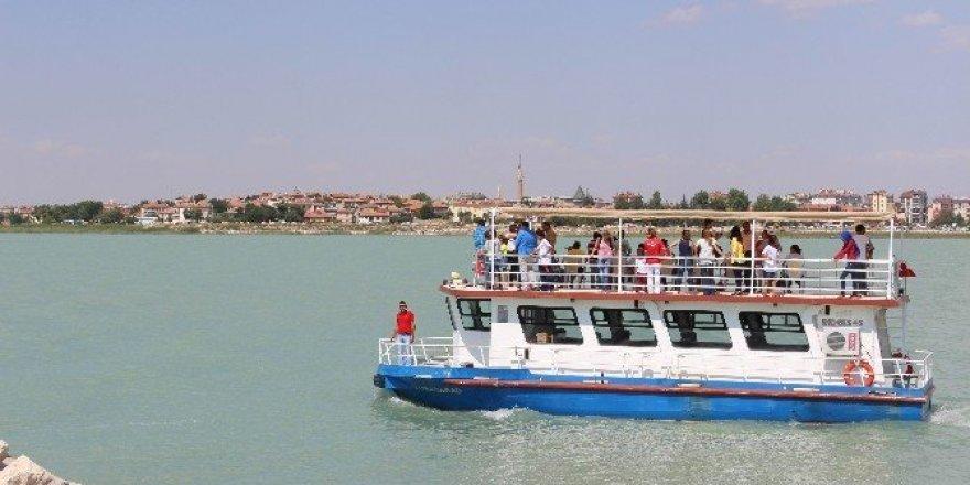 """Başkan Özaltun: """"Beyşehir'de ziyaretçi yoğunluğu arttı"""""""