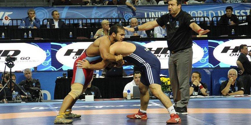 Hint güreşçiye 4 yıl ceza