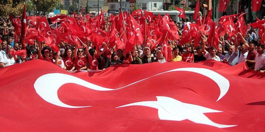 Türkiye Edirne'den Van'a 'tek yürek' oldu