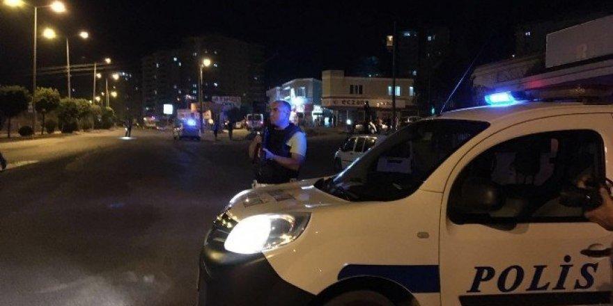 Uyuyakalan şoför, şüpheli araç paniğine neden oldu