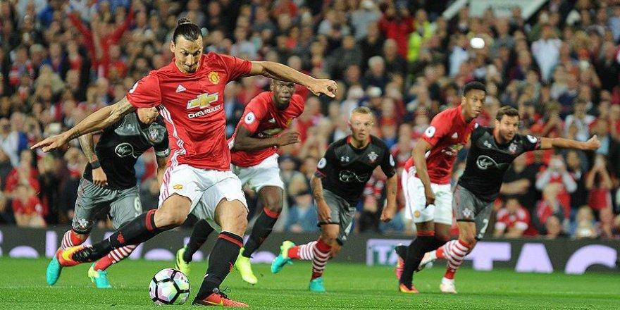 Manchester United ikide iki yaptı
