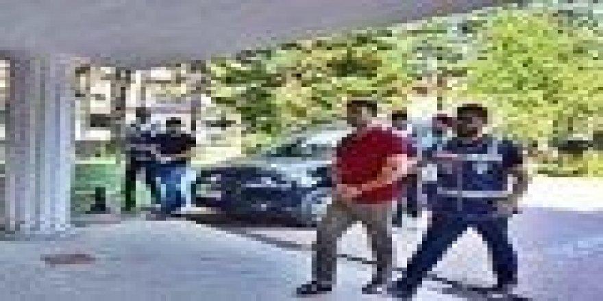 Bartın'da FETÖ operasyonunda 3 kişi tutuklandı