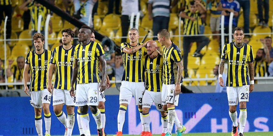 Medipol Başakşehir Fenerbahçe'yi konuk ediyor