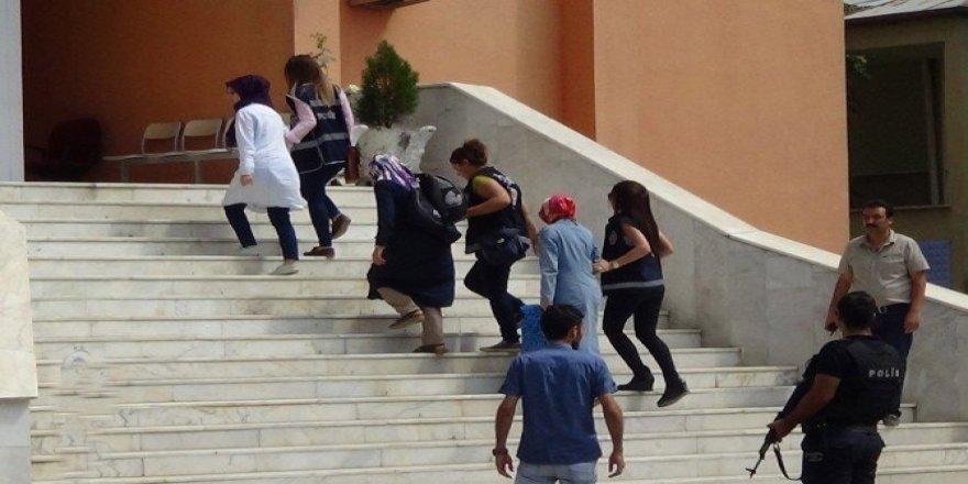 FETÖ soruşturmasında Iğdır Vali yardımcısı ile 10 öğretmen adliye sevk edildiler
