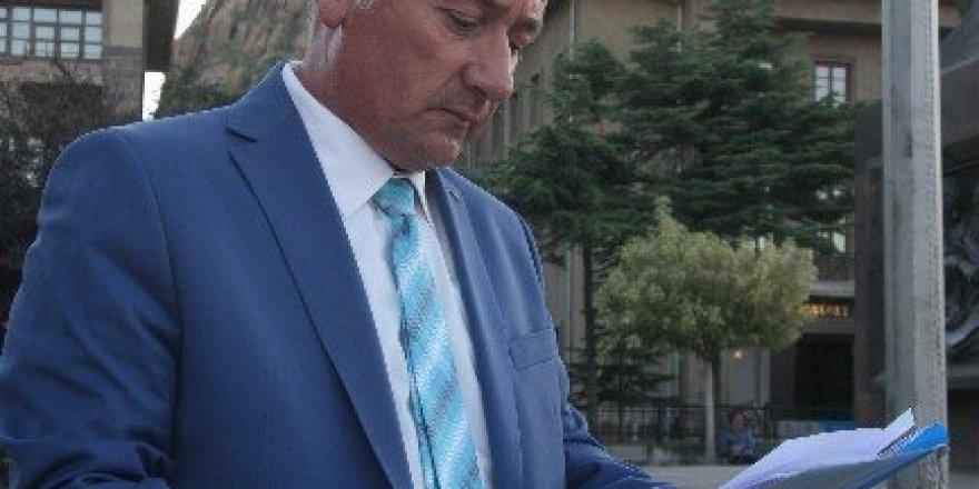 Kendisini yargılayan FETÖ'cü hakim ve savcılar hakkında suç duyurusunda bulundu