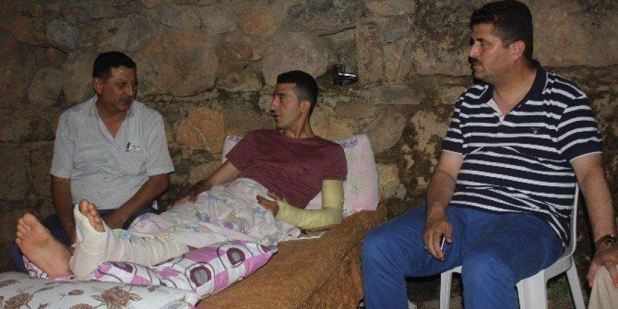 Başkan Demirel, yaralı askeri ziyaret etti