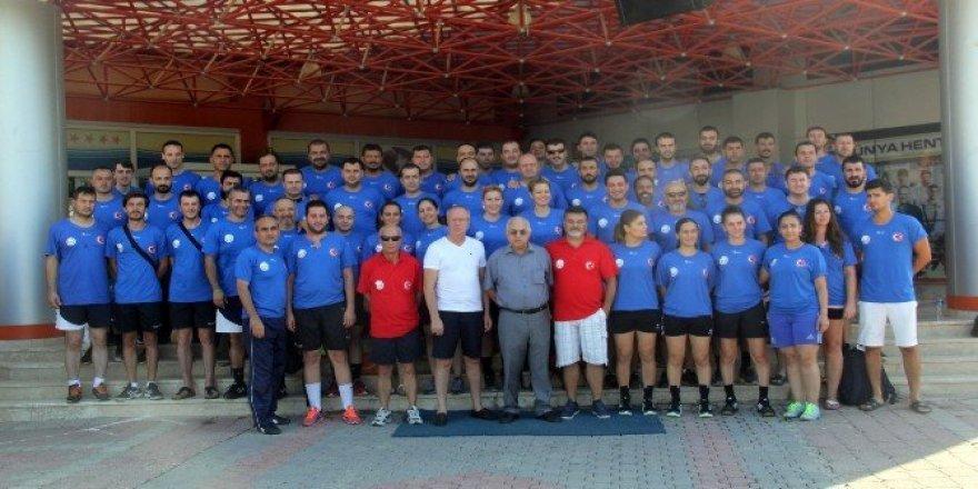 Hentbol Federasyonu Merkez Hakem Kurulu Antalya'da