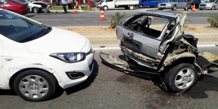 Zincirleme kazada dehşet görüntüsü