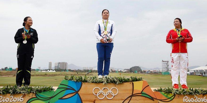 Golf kadınlarda altın madalya In-bee'nin