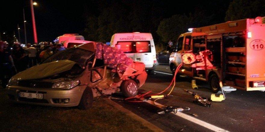 Düğün dönüşü feci kaza: 3 ölü, 4 yaralı
