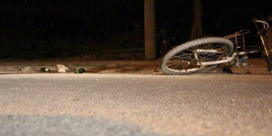 Bisikletten düşen şahıs kamyonun altında kalarak feci şekilde can verdi